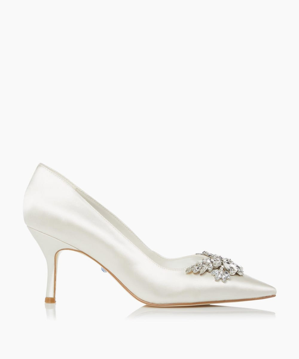V-Cut Embellished Wedding Shoes