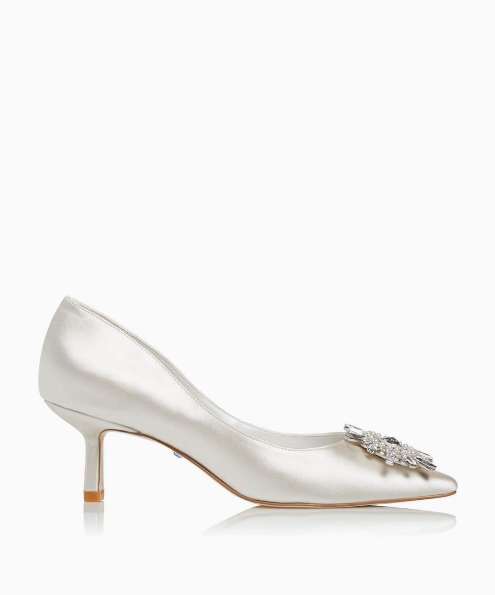 Embellished Brooch Satin Shoes