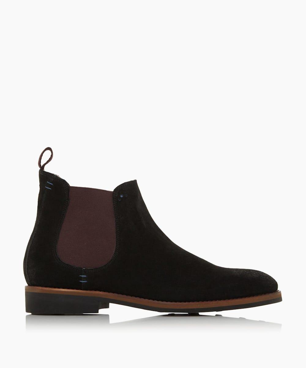 Chisel Toe Chelsea Boots