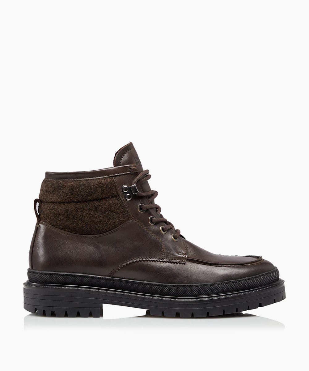 Casual Lace Up Boots