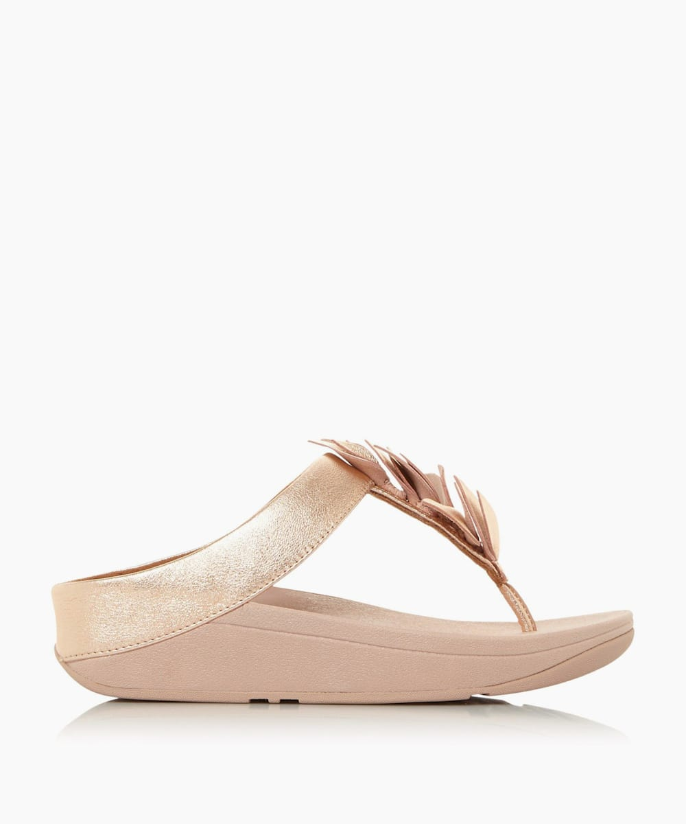 Wedge Toe Post Sandals