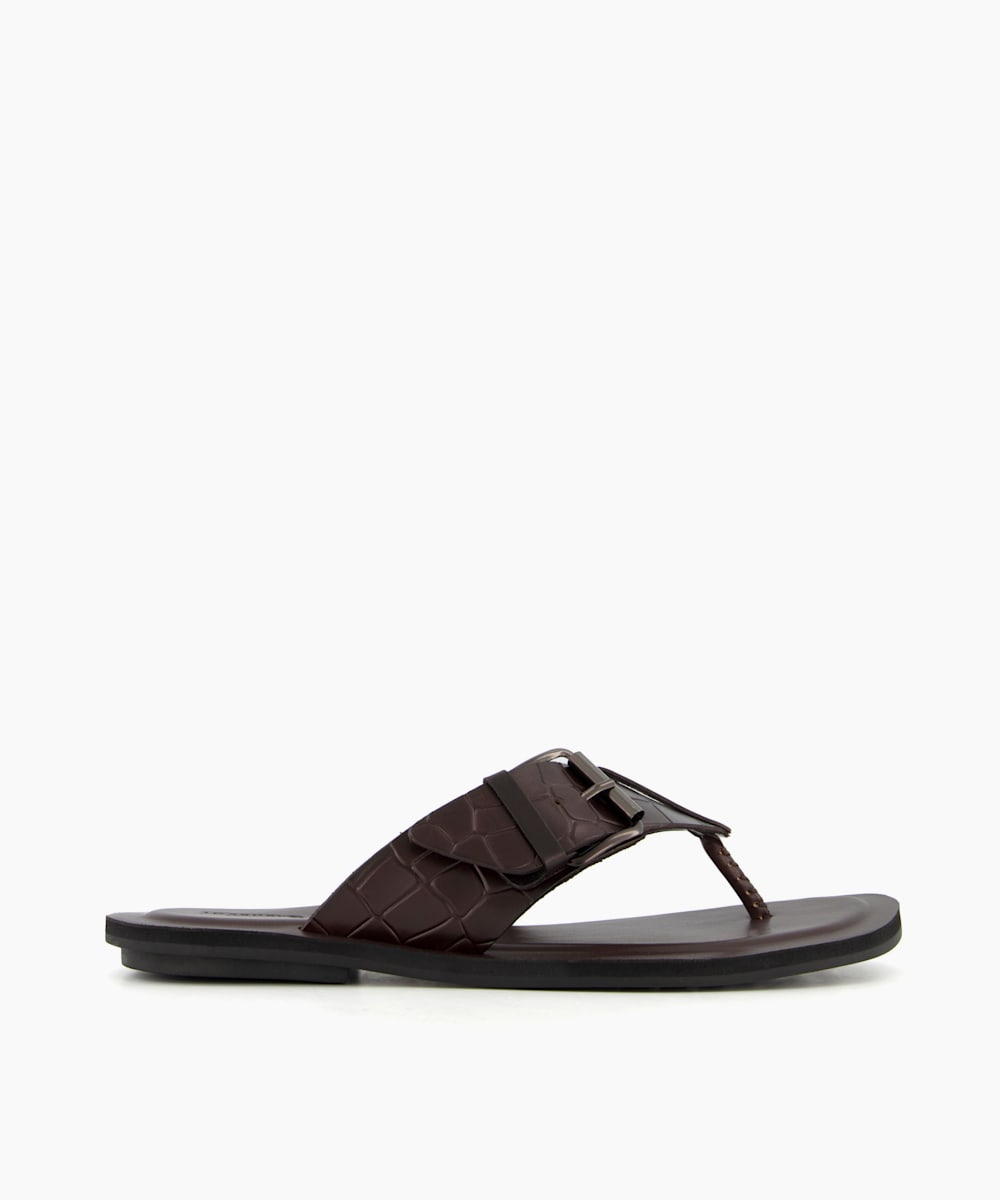 Toe Post Buckle Sandals