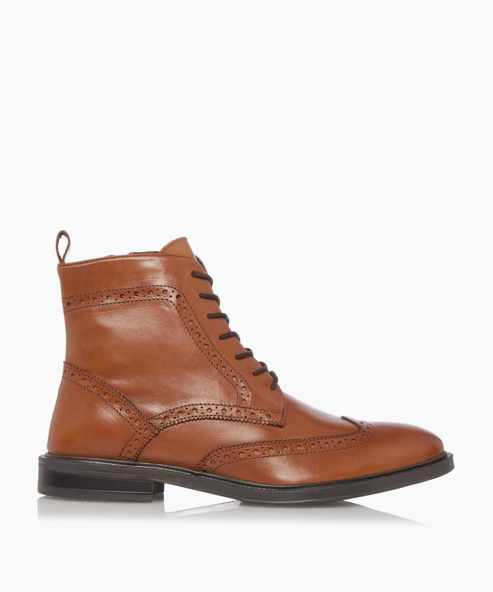 Grained Leather Chukka Boots
