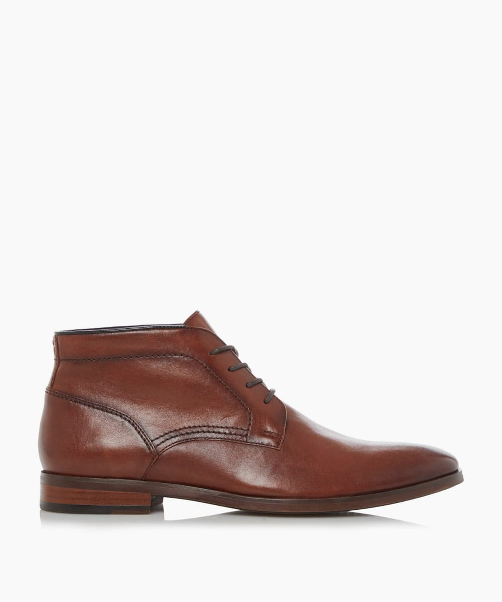 Smart Lace Up Chukka Boots