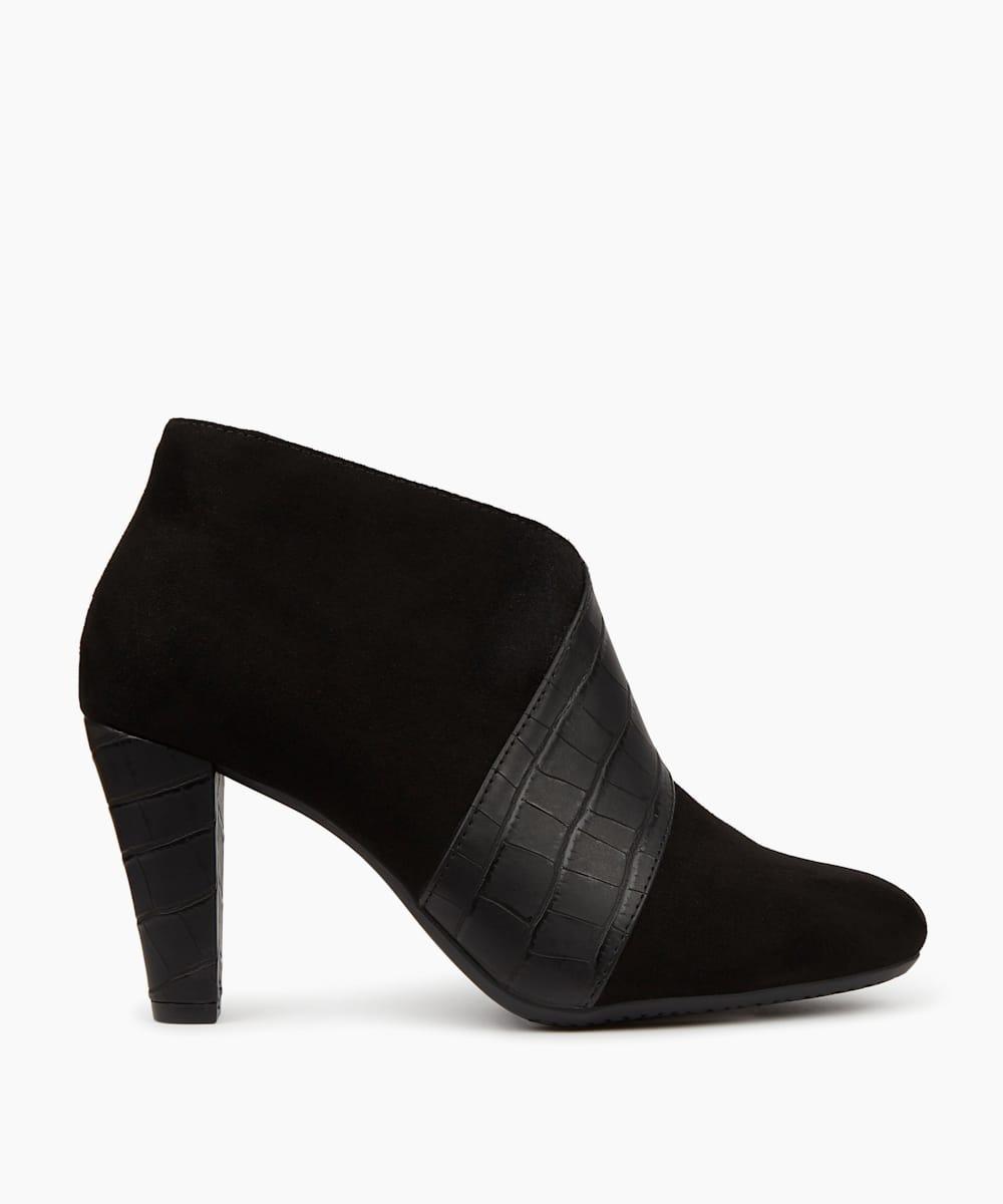 Smart Shoe Boots