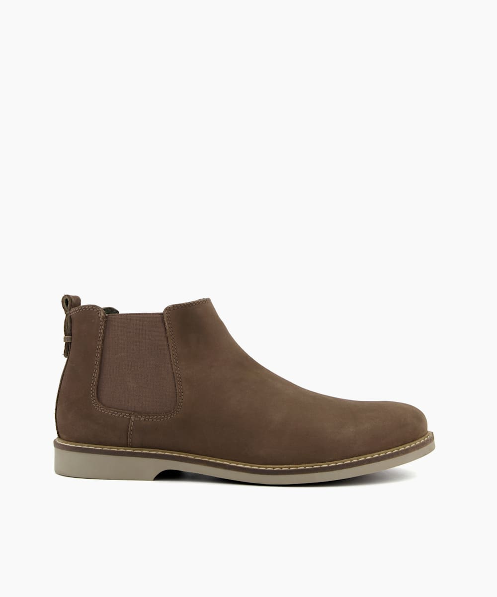 Lightweight Chelsea Boots