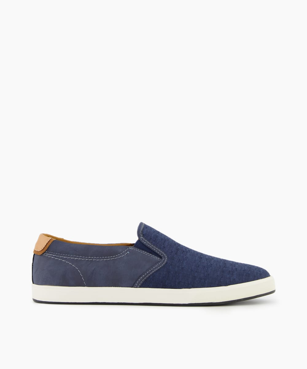 TROYY - Slip On Trainers