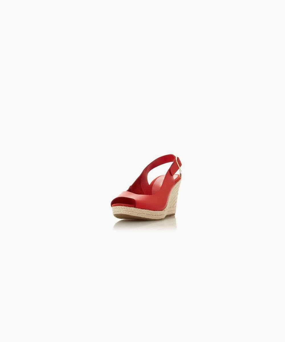 wf kicks - red